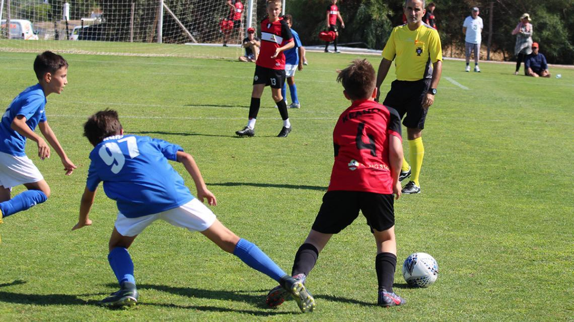 Professional football camps Algarve
